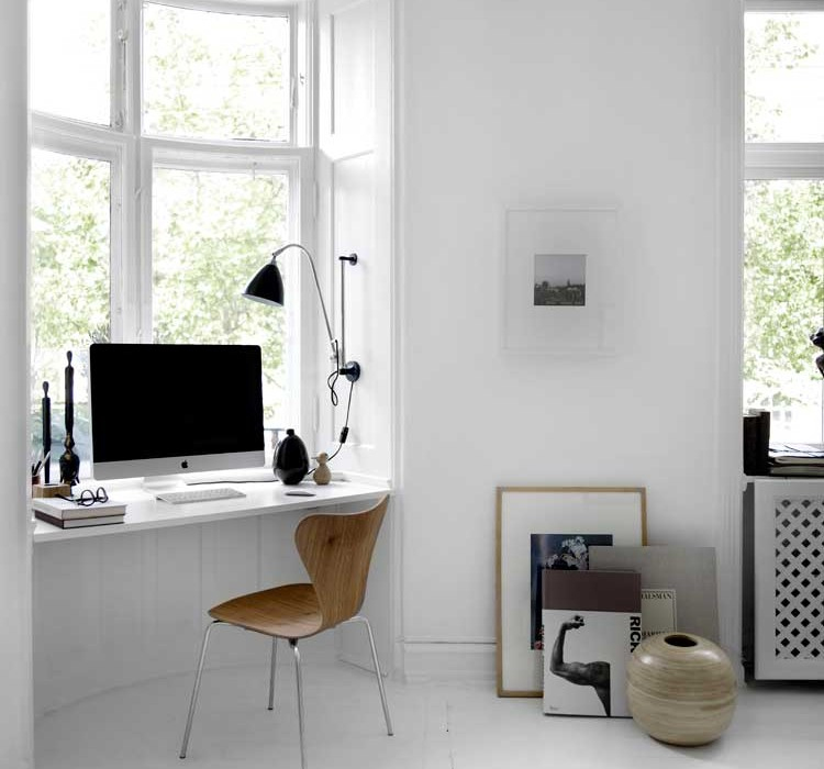 Рабочее место в малогабаритной квартире