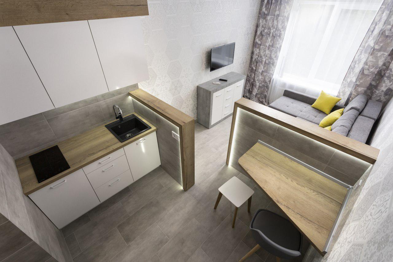 Как обустроить кухню в гостинке?