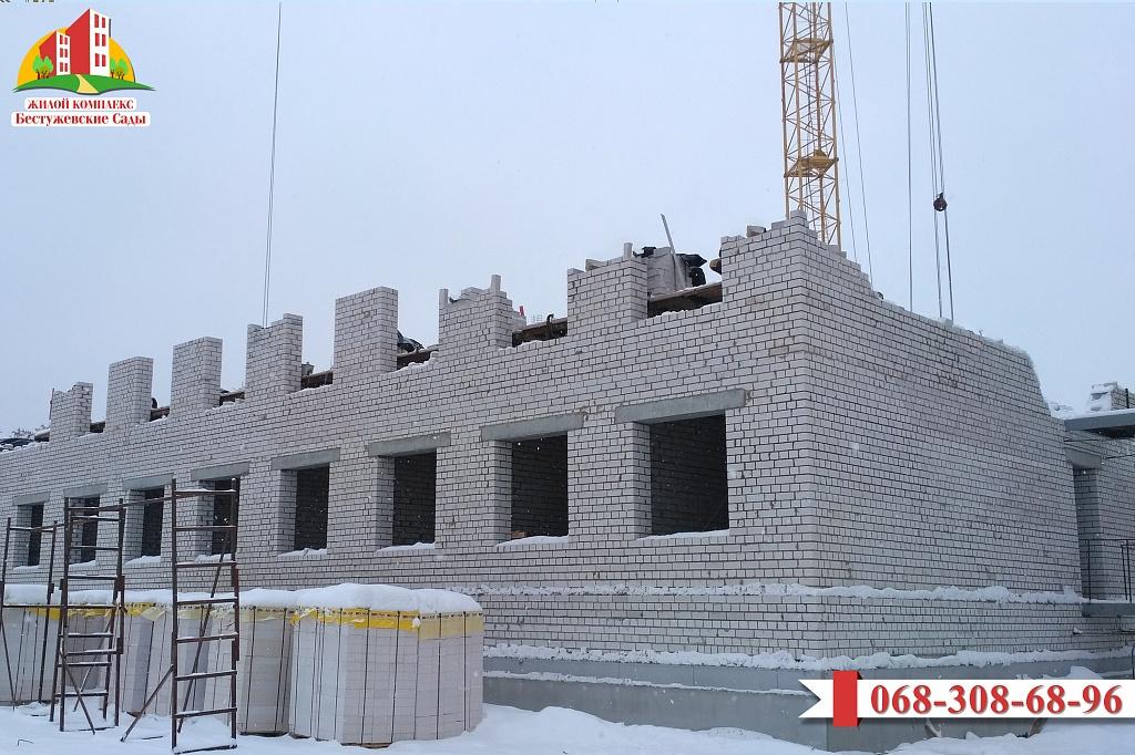 """В жилом комплексе """"Бестужевские сады - 2"""" продолжается строительство"""