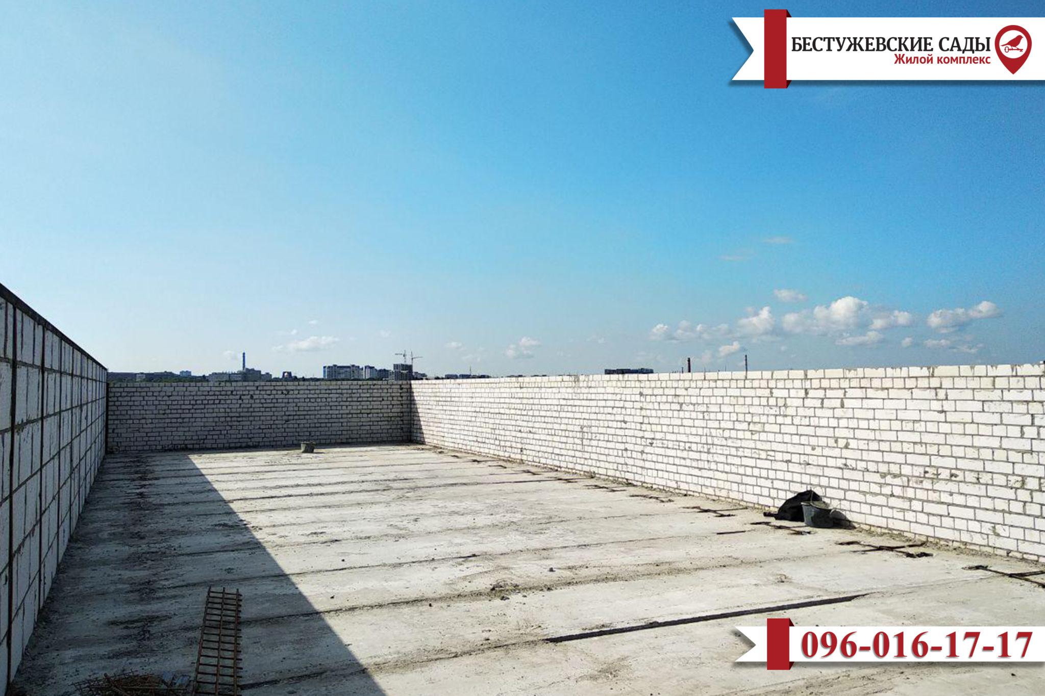 С места строительства жилых зданий «Бестужевские Сады» снова передают информацию!